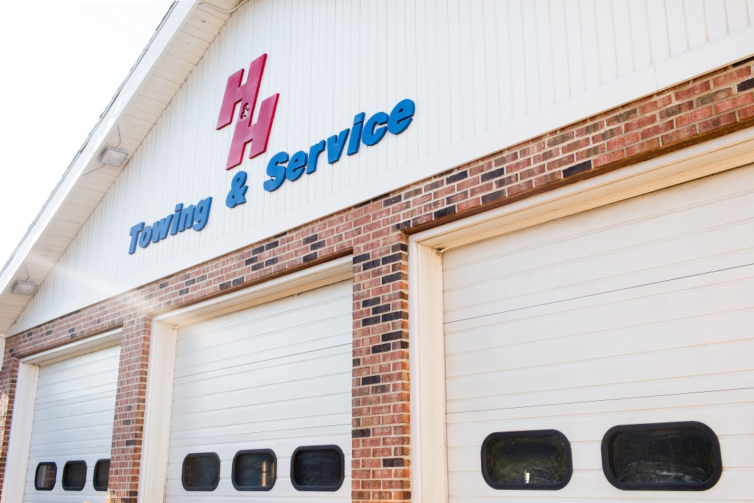 Gallery | H&H Mobil Fuels, Towing & Service