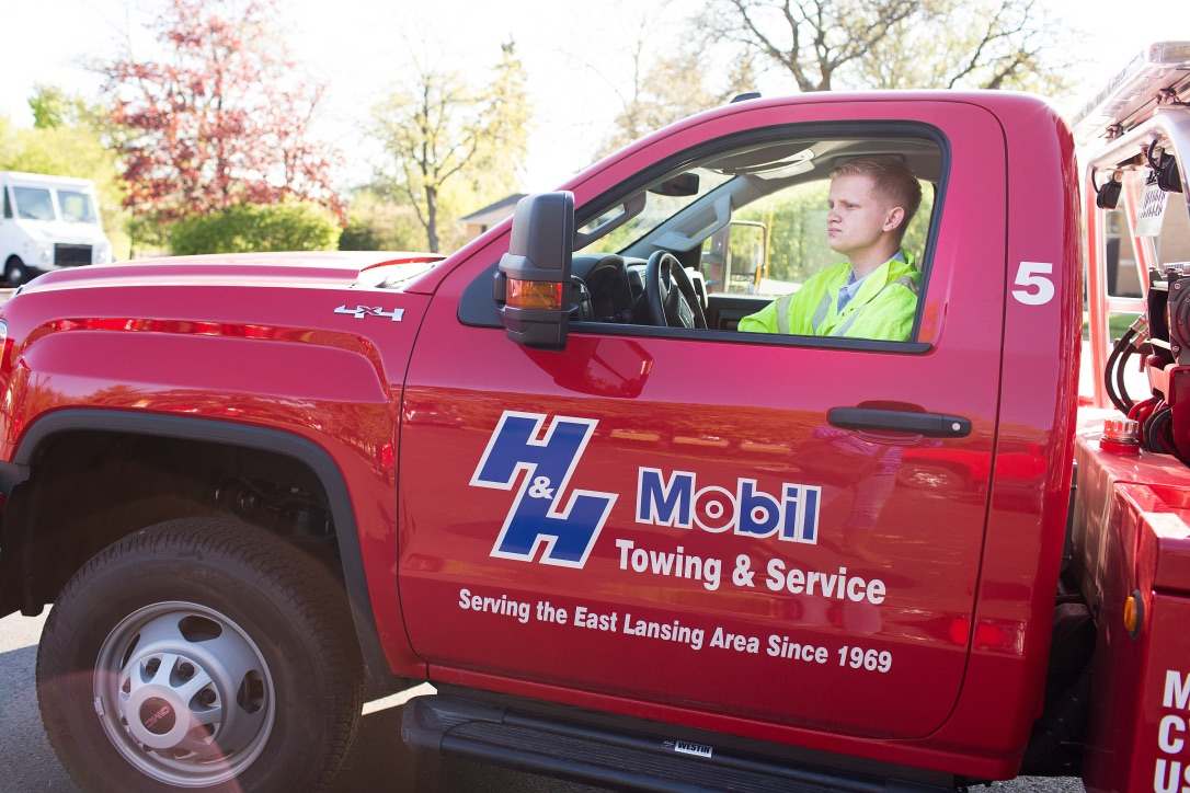 Gallery | H&H Mobil Fuels, Towing & Service Image 23
