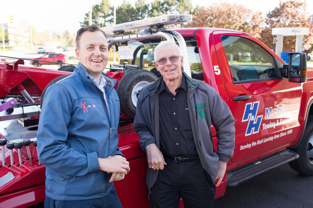 Gallery | H&H Mobil Fuels, Towing & Service Image 32